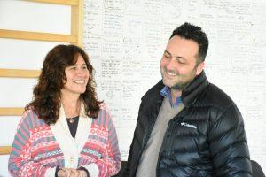 Zulma Ortíz junto a Aiola