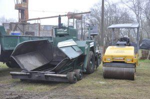 Maquinaria para pavimentación.