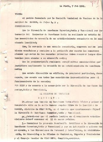 Decreto de creación de la Escuela Media 2. Para ampliar la imagen haga clic sobre la misma.