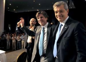 De izq. a der.: Subsecretario de Agricultura Familiar, Guillermo Martini; Ministro de Economía, Amado Boudou; y Ministro de Agricultura, Julián Domínguez.