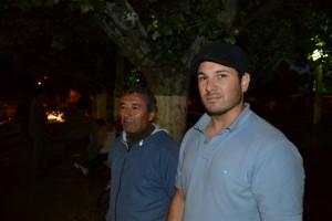 Personal de Bomberos Voluntarios de Rawson en el predio de la fiesta.