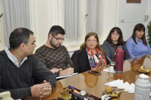 Aiola se reunió con representantes del rubro textil