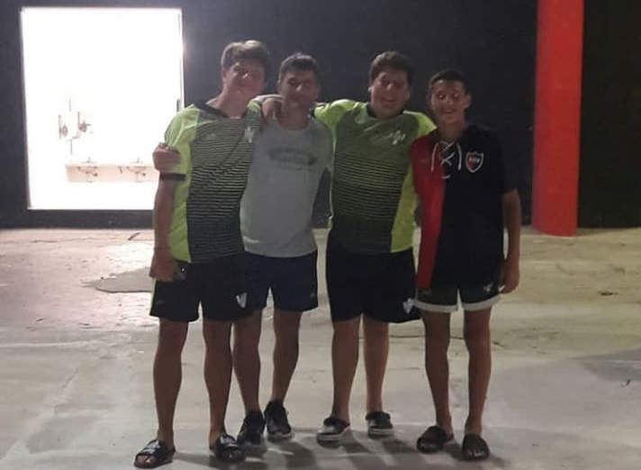 De izq. a derecha: Uhalt, Marcelo Millan (padre de Francisco), Ponce y Millán
