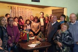 Candidatos en el barrio Santa Emilia
