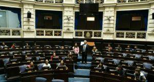 Alumnos de la Secundaria 6 en la Legislatura.