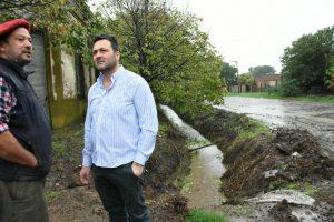 Aiola en los barrios tras las precipitaciones en Chacabuco