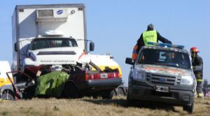 Imagen del terrible accidente en Ruta 188, cercanías de Loncoln.