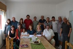 Integrantes de ACIPESU junto a miembros de CD y Cuerpo Activo de Bomberos Voluntarios de Rawson.