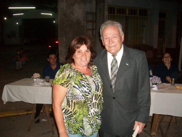 A Norberto Pérez entregó Nora Fantoni.