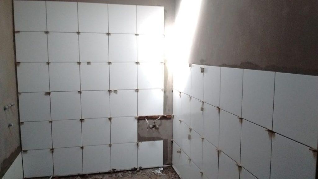 Refacción de baño en Casa de Estudiantes en Junín