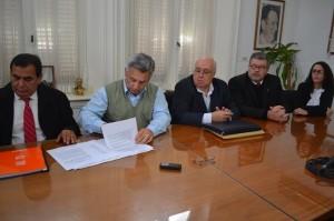 Barrientos firmó convenio por Seguridad Vial.