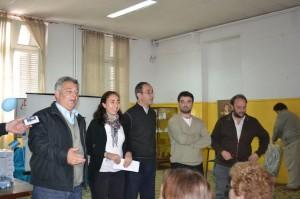 Barrientos entregó decodificadores a escuelas de Chacabuco.