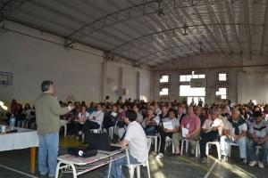 Barrientos en el Encuentro Comunitario llevado a cabo en Chacabuco.