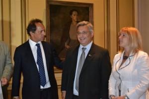 Scioli, Barrientos y Alvarez Rodriguez.