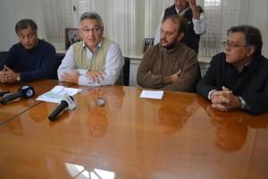 Barrientos entregó subsidio al Centro de Formación Profesional.