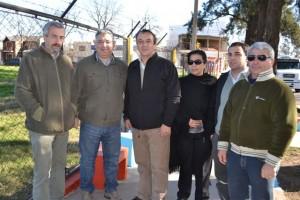 Barrientos visitó obras que realizan las cooperativas de trabajo.