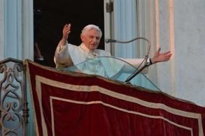 Benedicto XVI se despide en el Vaticano.