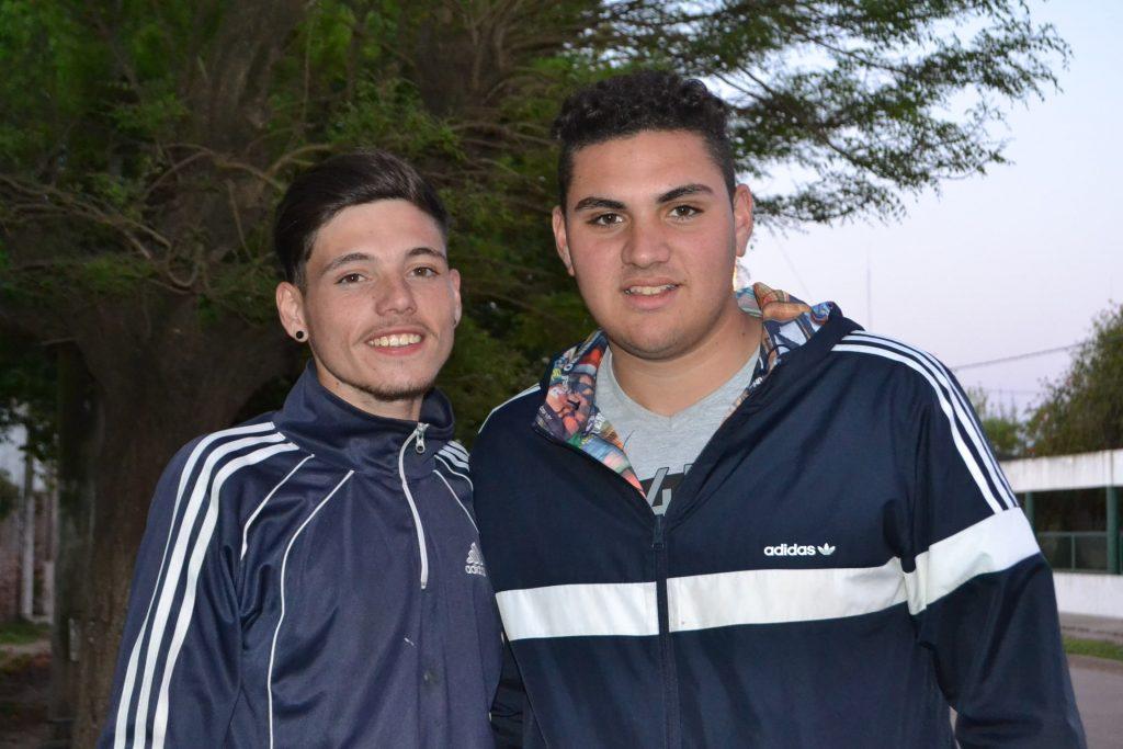 Federico Rodríguez (medalla de Oro en Salto en Largo) y Nicolás del campo (medalla de Plata en Lanzamiento en Bala).