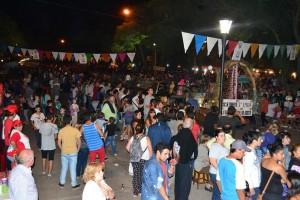 Exitosa segunda noche del Carnavales de la Alegría 2015.