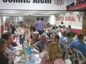 Vista de la cena llevada a cabo en el Comité de la UCR.