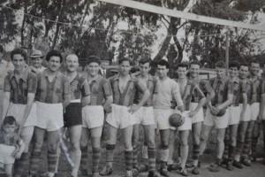 Cosentino en uno de los equipos que jugó para San Lorenzo de Rawson.