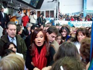 Imagen de Cristina Fernández en su visita a Chacabuco del  5 de agosto de 2010.