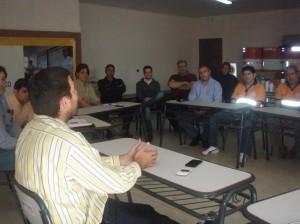 Reunión en Defensa Civil.