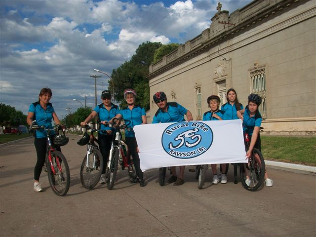 Integrantes de Rural Bike Rawson.