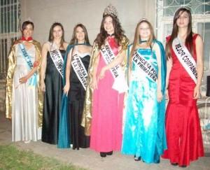 Abigail Sánchez, Reina de la XXIX Provincial de la Primavera, sus Princesas, Miss Elegancia y Simpatía, Mejor Compañera  y nueva Embajadora de la Fiesta Karina Cataldo.