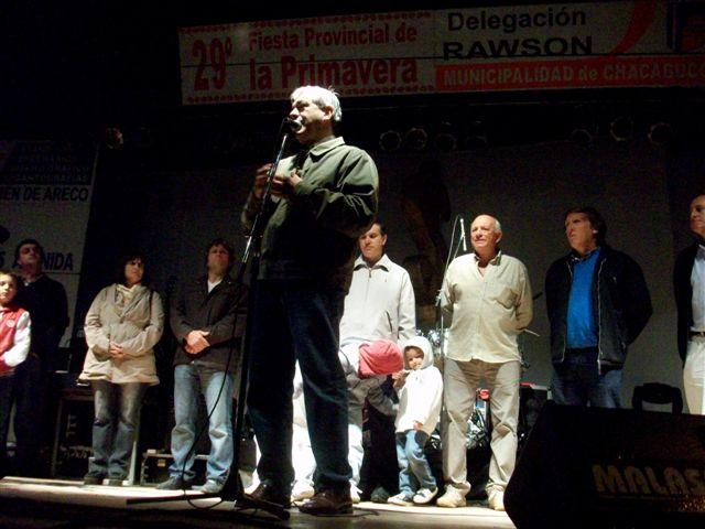 Julián Domínguez realizó un importante anuncio para la fiesta de Rawson.