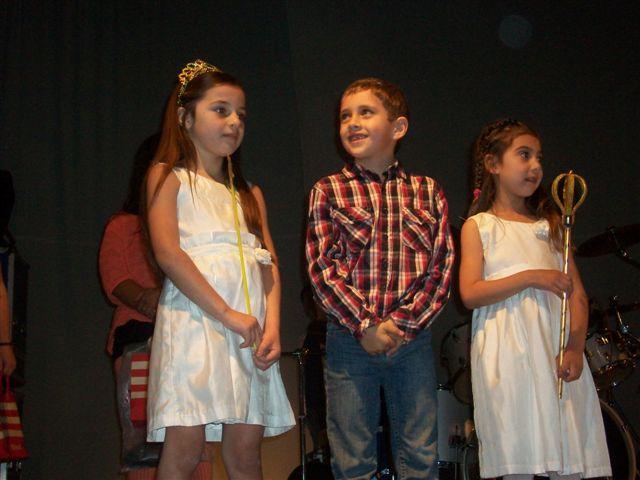 Mia Molinari; Hada 2011 y sus Pimpollos Jazmín Quevedo y Bruno Ceballos.