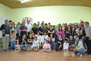 Candidatos del PJ – Frente para la Victoria de mateada en el Barrio Ubaldo Martínez.