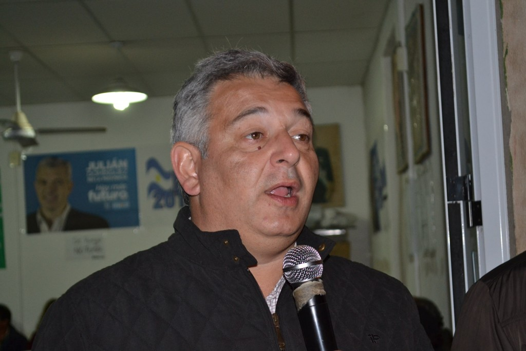 Intendente Municipal Mauricio Barrientos.