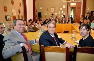 Ricardo Casal, Golía y Silvina Batakis.