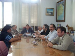 Aumento salarial acordado hoy entre el ejecutivo Municipal y los gremios.