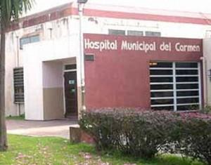 El joven fue atendido en el Hospital del Carmen.