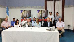 Aiola en el cierre de campaña en Arenales