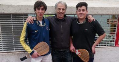 Luciano y Fidel, junto a Eduardo Ross