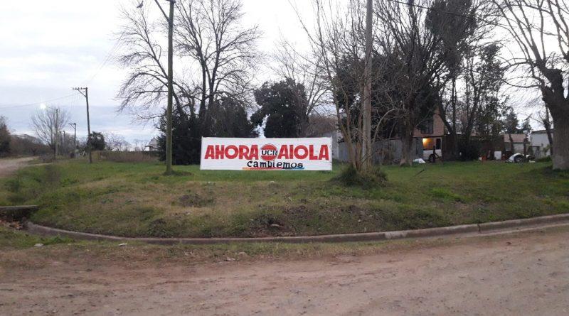 Pasacalle colocado en Urquiza y Sangiani