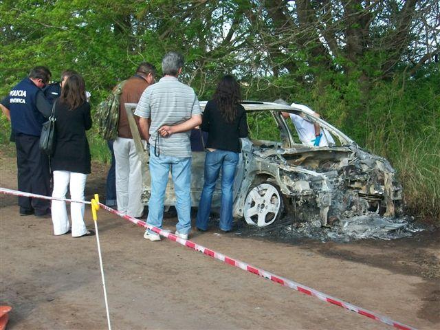 El auto en que aparecío carbonizado Rodrigo Herszman.