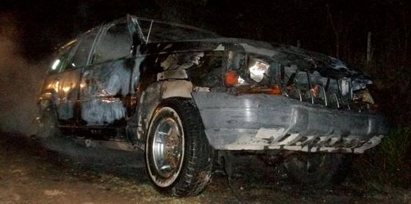 Estado en que quedó la camioneta Jeep Cherokee.