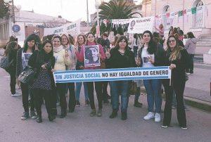 """Mujeres del Frente para la Victoria participaron de la marcha """"Ni una menos"""""""