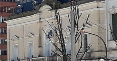 Se remodelará la plaza Necochea: apertura de sobres