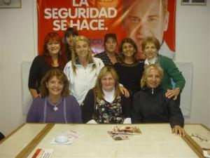 Reunión de mujeres de Unión PRO diagraman actividades.