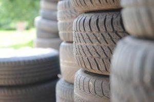 Presentan ordenanza para el reciclado de neumáticos.