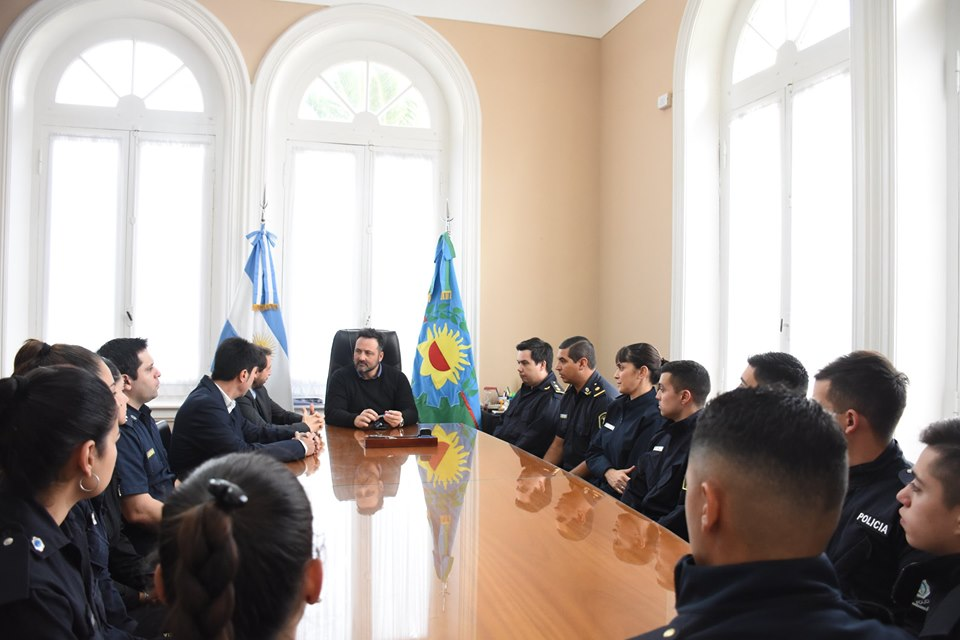Nueve oficiales se incorporaron a la Fuerza Policial