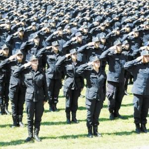 Aumento para policías bonaerenses.
