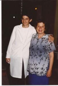 El alumno Alejandro Escudero junto a la Preceptora Alicia Masucci.