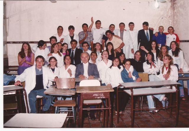 Promoción 2000 en el aula.