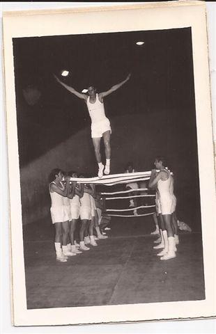 Alumnos de la Promoción 1969 en Fiesta de la Educación Física.